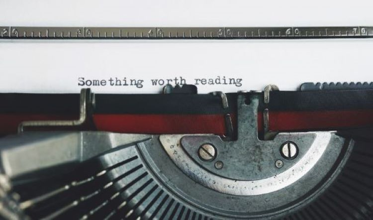 "Typewriter : ""Something Worth Reading"""